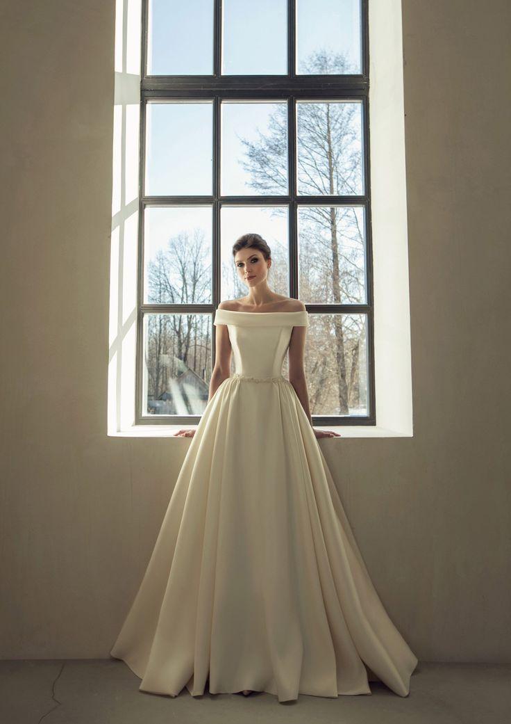 Classic simple wedding dress modern boho wedding gown bohemian white ivory blush embroidered belt sa – Zoila Castellanos