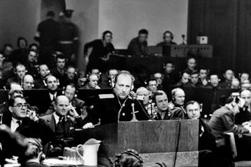 Нюрнбергский урок... Кто старое позабудет..., тому и глаз...долой...!