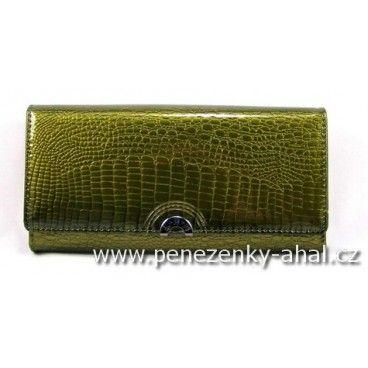 Dámská kožená peněženka velká je vyrobená z kvalitní přírodní kůže s ornamenty zvířecí kůže.