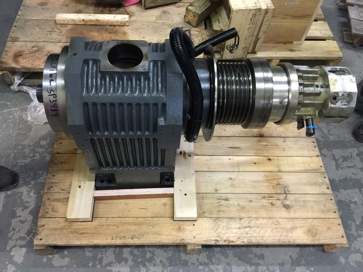 Picked up this YCM lathe on Friday afternoon.  #spindlerepair