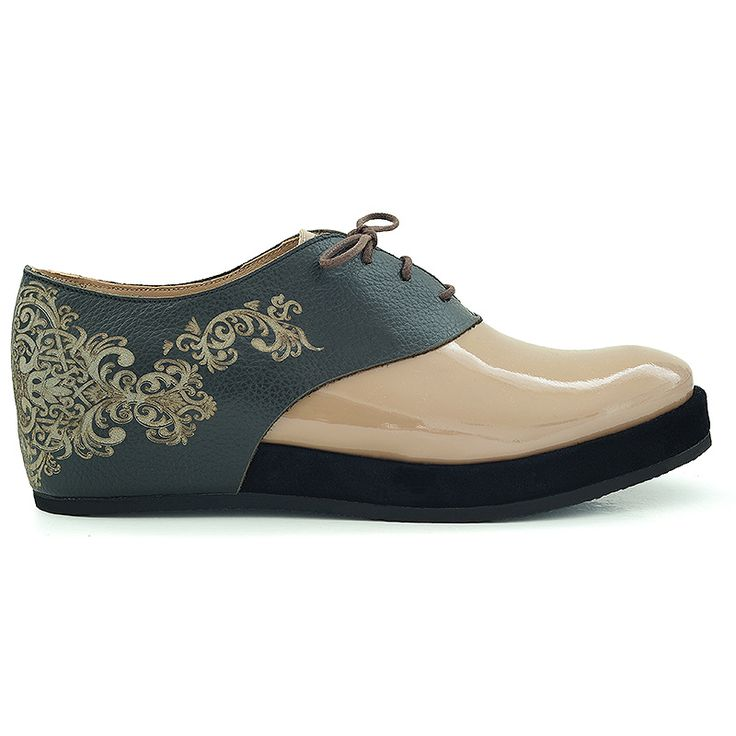 Flat shoes inspired by Islamic art. Made from natural leather…