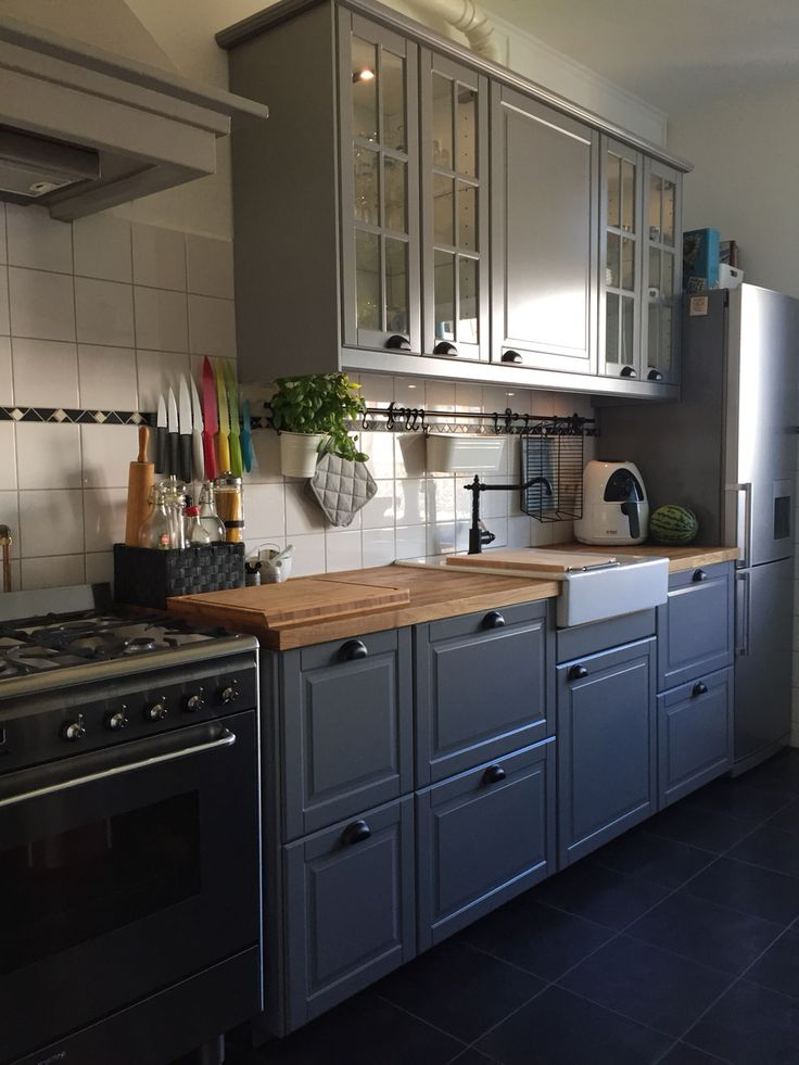 New kitchen ikea bodbyn grey kitchen inspiration for Kitchenette cabinets
