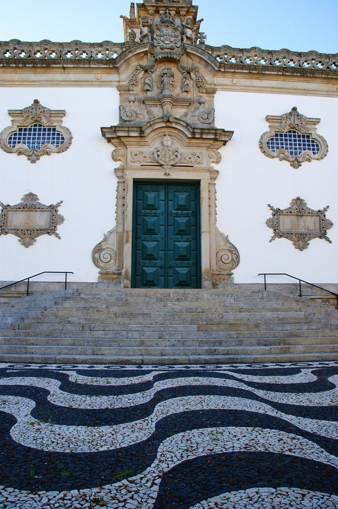 Door detail in a traditional Manor house Viana do Castelo #Portugal