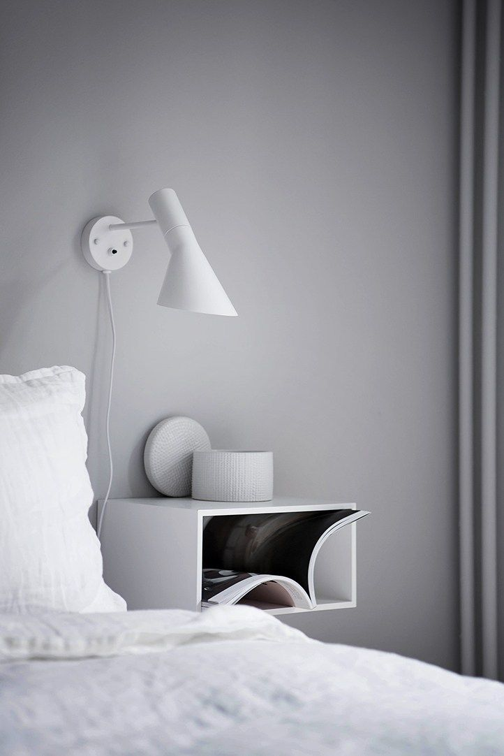 10 Bedside table stylings to be inspired by - via cocolapinedesign.com