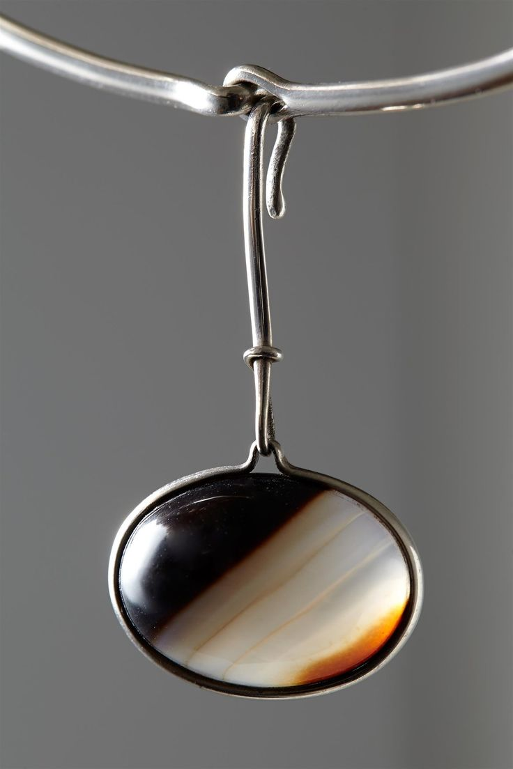 Sterling silver and agate. Necklace, designed by Torun Bülow-Hübe, France. 1960's.