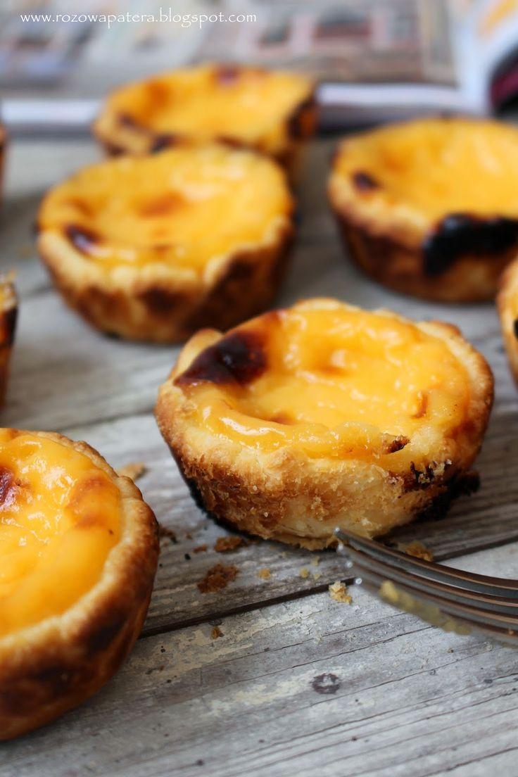 Różowa Patera: Pasteis de Natas (Pasteis de Belém) – najpopularniejsze portugalskie ciastka