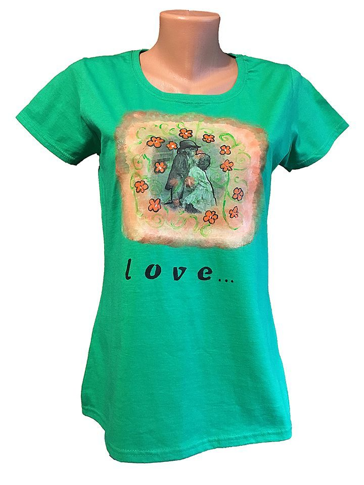 Handmade T-shirt Spring Time  This T-shirt is suitable for all women, the material is 100% cotton and it's painted manual with quality and non toxic paint, which is also permanent. You can wash it in the washing machine or manually at 30 Celsius degrees.