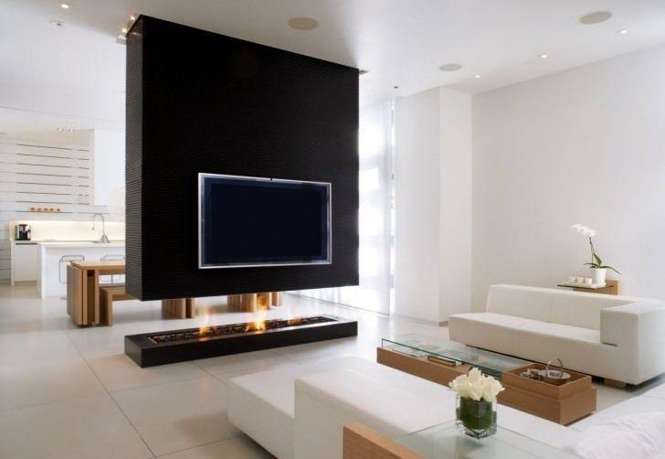 Δημιουργικές ιδέες Partition δωματίου για να ομορφύνει το σπίτι σας Λευκό σαλόνι με σύγχρονο μαύρο Τζάκι Για διαμέρισμα δωμάτιο με όμορφο φως οροφής και τραπεζάκι του καφέ Σύγχρονη δωματίου Διαχωριστικό Ιδέες Σχεδιασμός