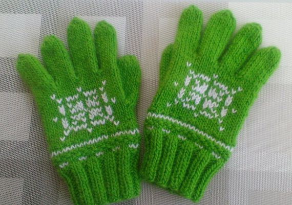 Knit Wool Gloves  Pure Wool  Irish Green  Pink by UniqueKnitDesign