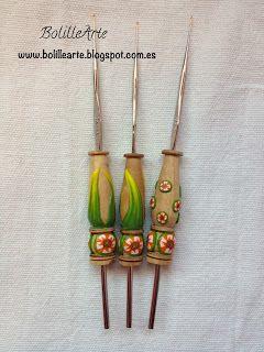 BolilleArte : Doble herramienta: aguja ganchillo con levantador y empujador de alfileres
