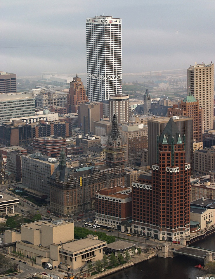 Milwaukee Beer And Brats And Beautiful People Fun Pinterest Gardens Beautiful And