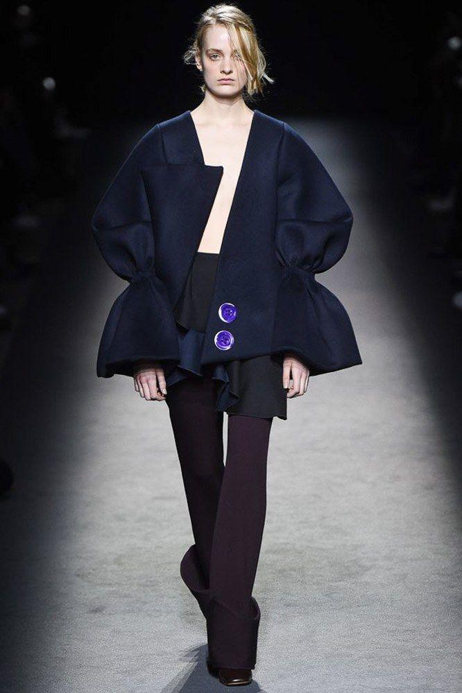 Jacquemus Fall 2016 Ready-to-Wear Fashion Show