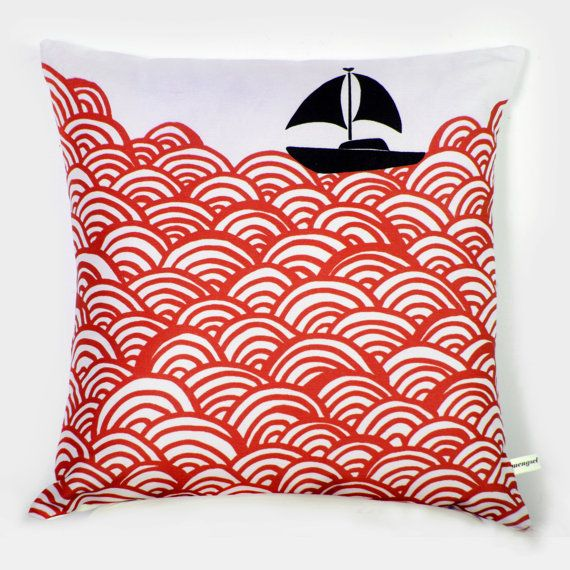 Nautical Pillow: Nautical Pillow, Finds Cushions, Boats, Throw Pillows, Boat Throw, Craft Ideas
