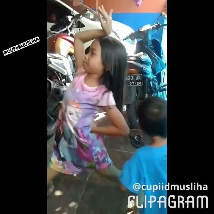 "27 Suka, 2 Komentar - ❤ CupidSalon ❤ CupiidMusliha ❤ (@cupiidmusliha) di Instagram: ""#cupiid_musliha#cupid_salon#tagsforlikes#beautiful#konser#food#instamood#kids#life#latepost#travel#my#hot#home#holiday#motivation#video#love#iloveyou#diy#smoothie#instagram#instamoment#storm#trip#picoftheday#funny#popularpic#quote#repost"""