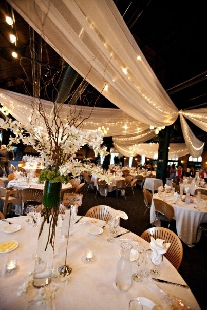 tall center pieces! #wedding #flowers