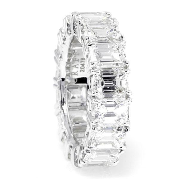 エメラルドカット エタニティリング - GRAFF(グラフ)の結婚指輪(マリッジリング)結婚指輪・マリッジリングの「グラフ」の一覧♡