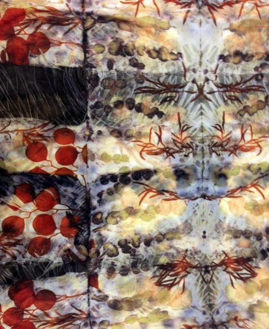 India Flint - colour from leaves. Beautiful prints using dyes from leaves and plants - genius!