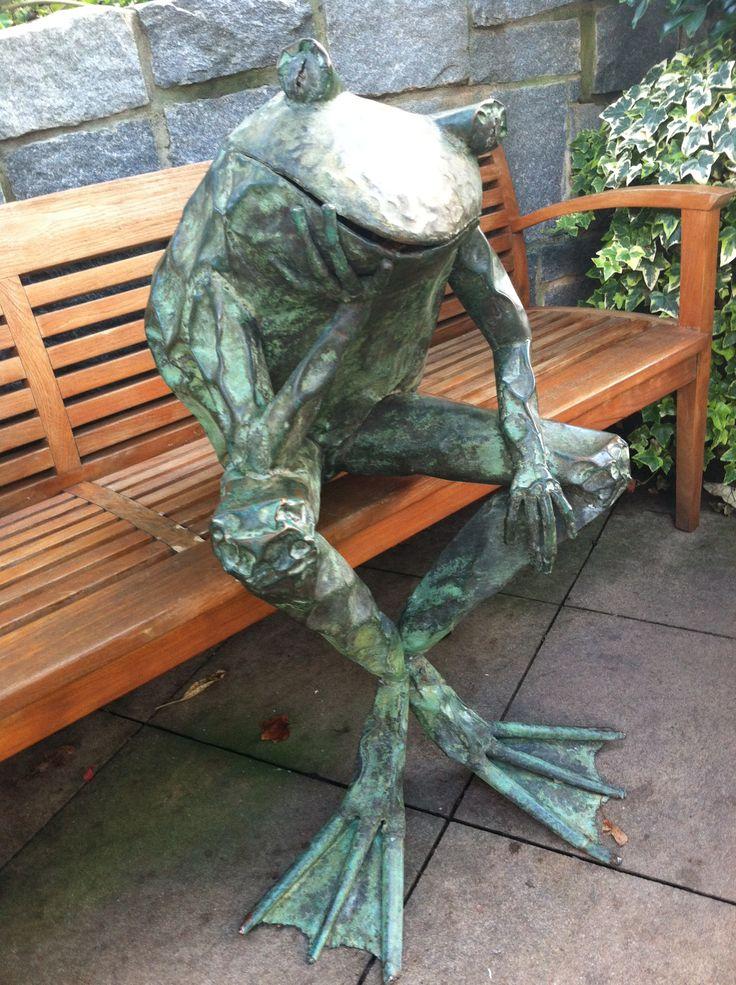 copper frog sculpture at Atlanta Botanical Garden Frog