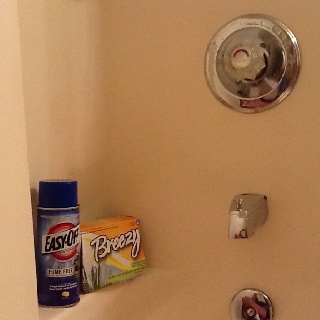 Wonderful I Found A Really Good Cleaner To Clean That Lime Buildup In Your Fiberglass  Shower. Easy Off Fume Free Oven Cleaner (in The Blue Can) And Dryer Sheu2026