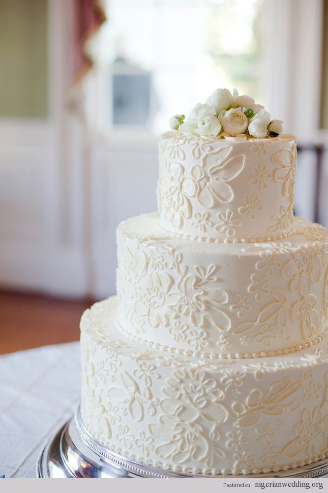 Stunning Vintage Lace Wedding Cake
