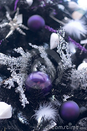Purple Christmas decor - my fave!