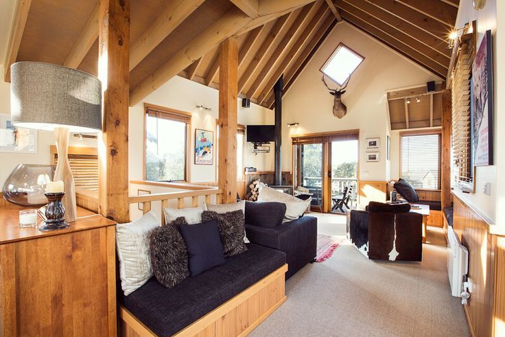 'Marmotte Chalet' Book Dinner Plain and Mount Hotham accommodation online www.alpine-getaways.com