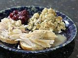 "The Best Recipes for Your Leftover Turkey: <a href=""http://southernfood.about.com/od/turkeysandwiches/r/r91123b.htm"">Recipe: Hot Turkey Sandwich</a>"