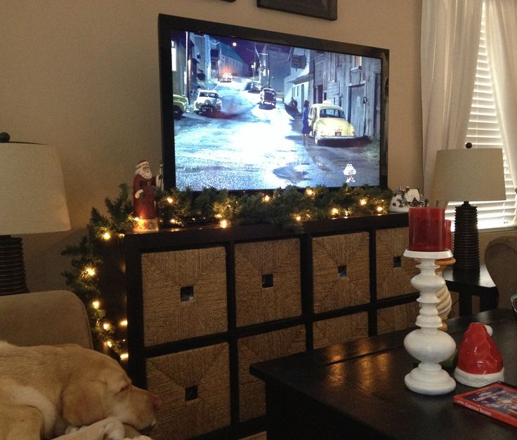 Dont Have A Fireplace To Decorate With Garland I Used