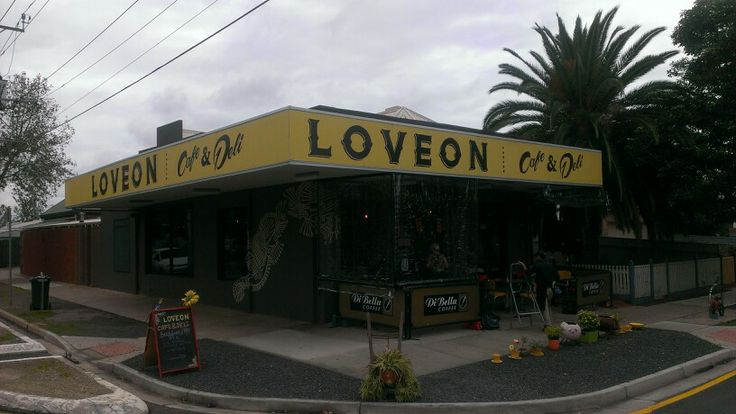 #8 LOVEON CAFE, 39 Gladstone road, Mile End (off Henley Beach Rd.), Breakfast/lunch menu, Intl cuisine with sandwiches/soup/salads - great tasting Di Bella organic coffee. Large suburban  cafe with warm, friendly atmosphere. Kid & GF friendly.  Hidden gem, recommend a visit!  (DAC rating 5/5 )- 01/06/14
