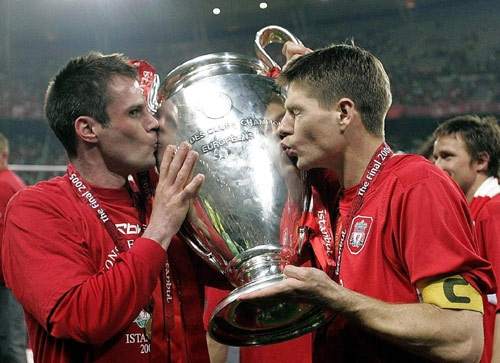 Jamie Carragher (Left) and Steven Gerrard (Right) Met these two in the players lounge back in 04/05 :)