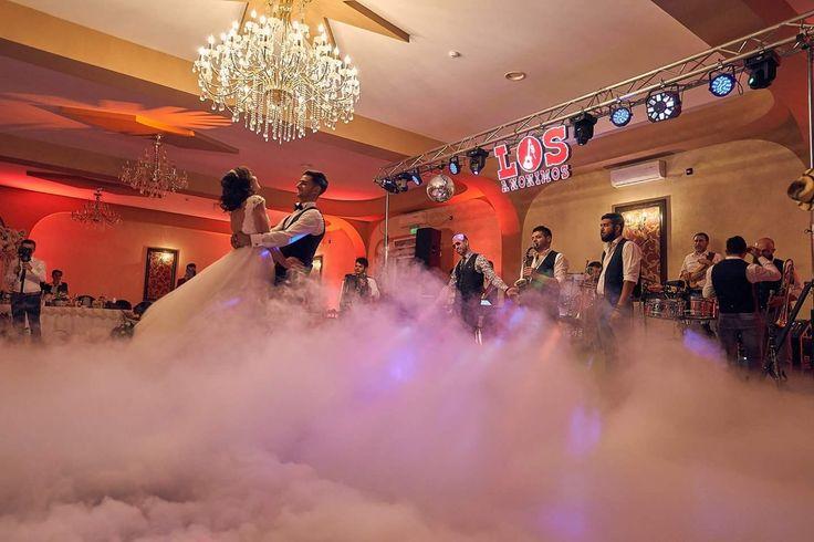 Fum greu pentru dansul mirilor la Restaurant Levisticum  #fumgreu #dansul_mirilor #Levisticum #fum_greu #Los_anonimos