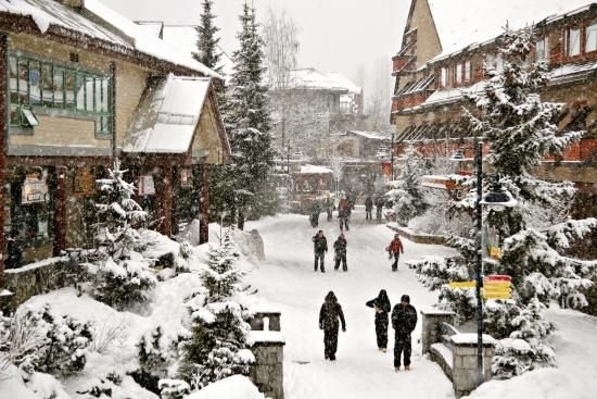 I have ALWAYS wanted to go to Whistler - Canada skiing #CDNGetaway