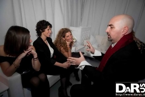 a lot of interest for magic and mentalism  http://www.darus.it