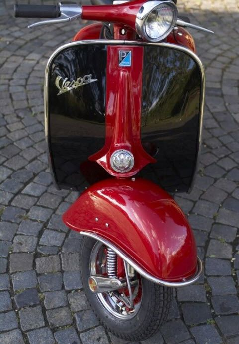 1000 Ideas About Vespas On Pinterest Vespa Scooters