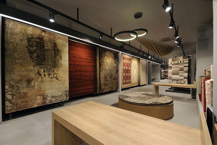 Carpet boutique corridor