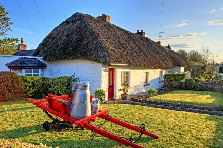 Best 25 irish cottage ideas on pinterest interior for Traditional irish cottage designs