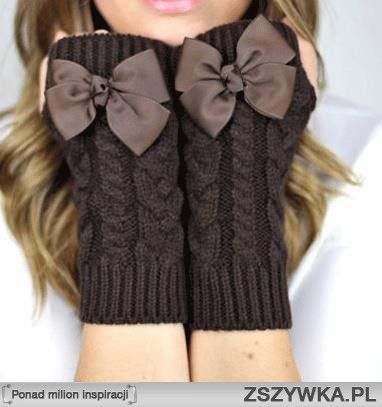 fingerless bow cable knit gloves
