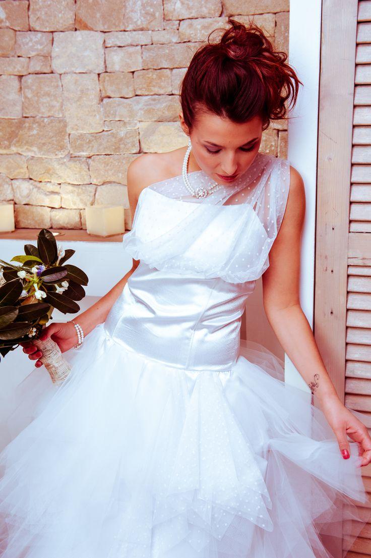 robe de mari e satin et tulle plumetis confection pinterest tulle. Black Bedroom Furniture Sets. Home Design Ideas