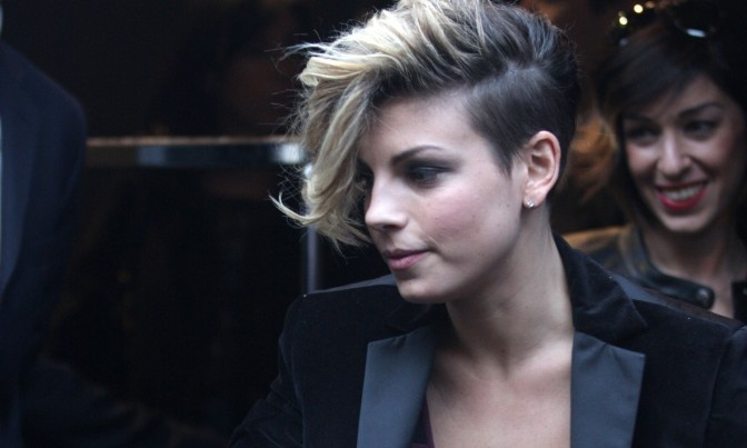Emma Marrone (LOVE her hair)