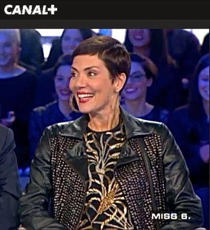 Cristina Cordula dans Salut les terriens de CANAL + porte la veste Bon de NUE 19.04