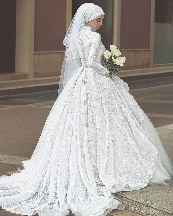de Robes De Mariée Avec Hijab sur Pinterest  Hijab de mariée, Hijab ...