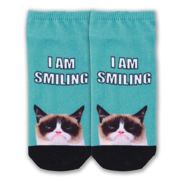 Grumpy Cat Women's Grumpy Cat I Am Smiling No Show Socks