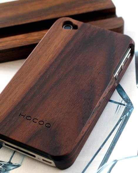wood iphone case. classy.