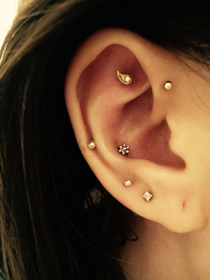 the 25 best ear piercings conch ideas on pinterest ear peircings peircings and conch. Black Bedroom Furniture Sets. Home Design Ideas