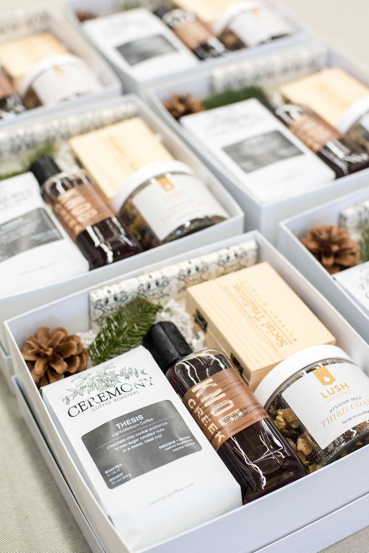 Custom Gift Design from Marigold & Grey. Create the perfect gift boxes for any occasion. Wedding. Corporate Event. Client Gift. Holiday Gifts. Bridesmaid. Image by Lissa Ryan Photography