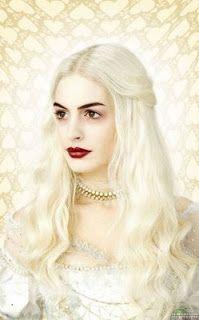 Anne Hathaway es la Reina Blanca de