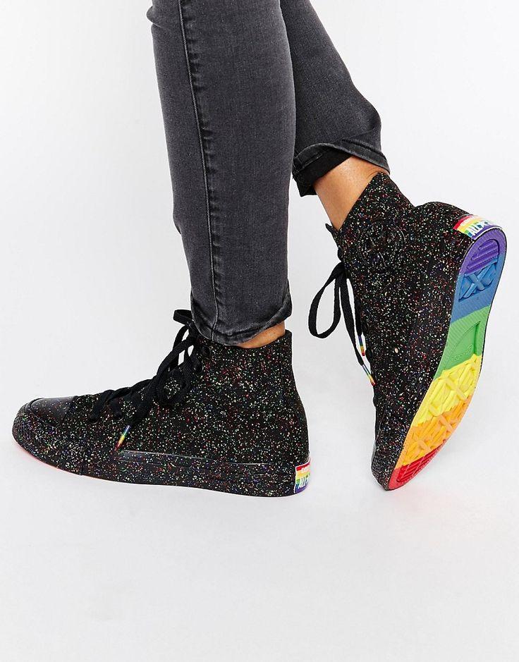 Zapatillas hi-top con diseño moteado y detalle de arcoíris Pride Chuck Taylor de Converse
