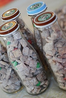 Reindeer Food (aka Puppy Chow) - I would LOVE to find mason jars to do ...