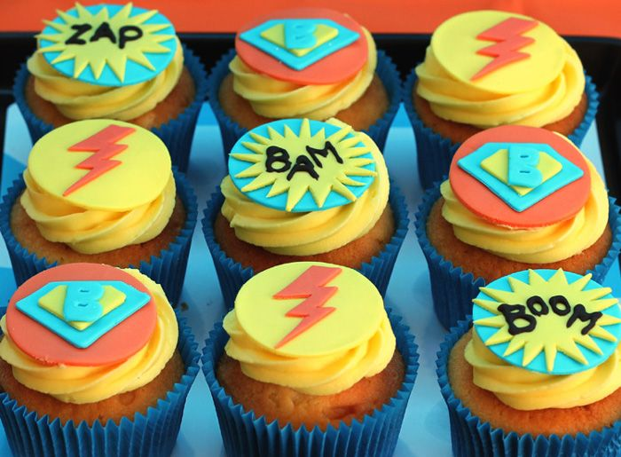 Super hero cupcakes...This would be awesome for Zachary's birthday!