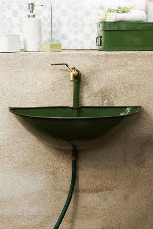 kleines waschbecken aussenbecken garten keller gr n emailliert. Black Bedroom Furniture Sets. Home Design Ideas